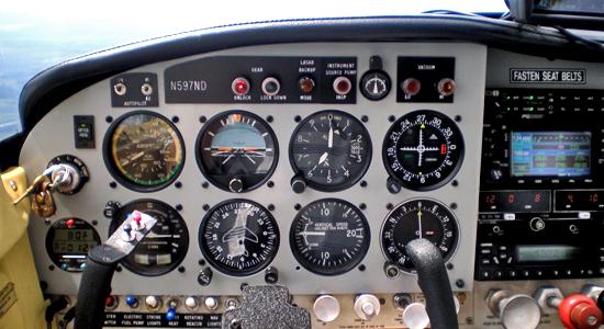 Автопилот на самолете