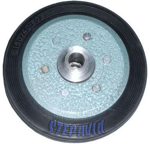 Хвостовое колесо бескамерное