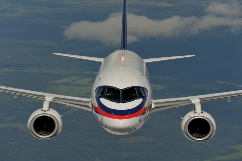 SSJ 100 направят на пассажирские чартеры